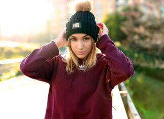Stylowa czapka damska