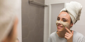 Podstawowe etapy pielęgnacji skóry twarzy